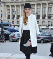 Il side hair con un cappello: streetstyle
