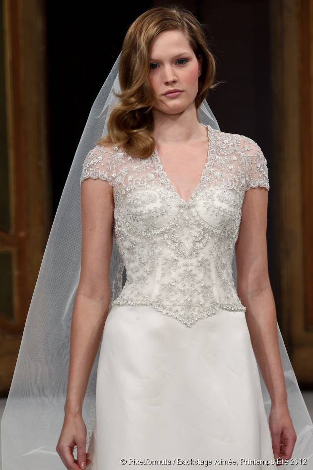 Acconciature da sposa: 3 idee per un look hippie chic